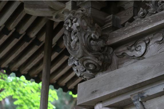2. 本殿裏 三羽のうさぎ